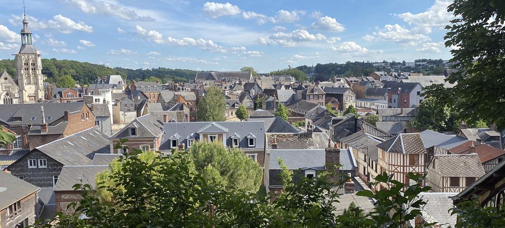 Bernay urbanisme commerces Normandie