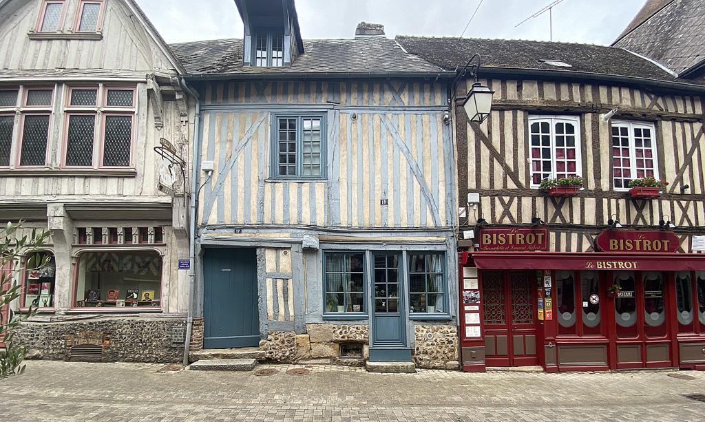 Rue Gaston Folloppe Bernay Eure 27 Normandie